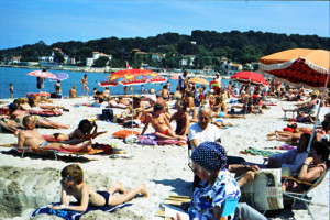 cannes_beach_1980_2